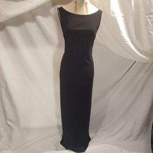 Elegant Cache Backless Dress